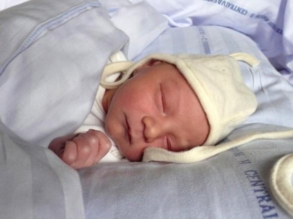 hvor meget sover en nyfødt
